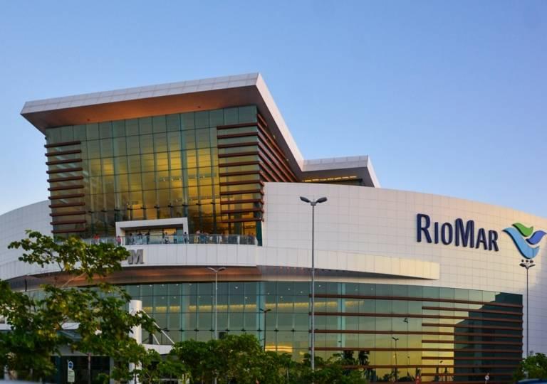 LOCAL COMERCIAL EN C.C. RIOMAR SHOPPING 1